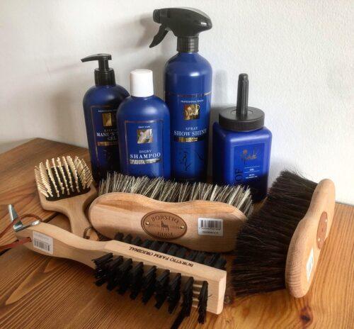 Nathalie Horse Care x Borstiq Farm grooming sæt